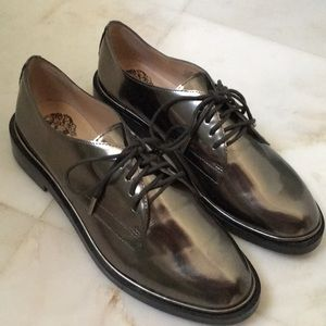 Vince Camuto Metallic oxfords
